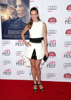 Hilary Swank turns heads in this Giambattista Valli ensemble worn to The Homesman premiere during AFI Fest 2014 in Hollywood.