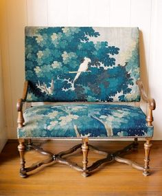 I love everything about this chair. From the fabric blending together to the wear on the legs.