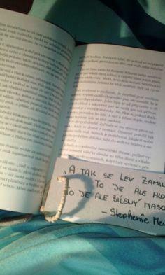 #Reading#LoveBook#NightReading