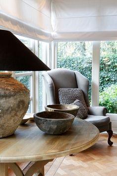 beautiful windows | round table | lamp