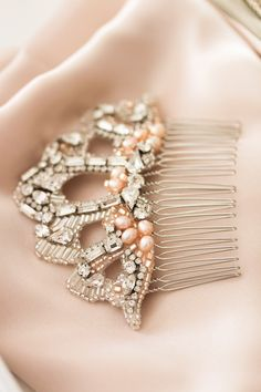Bespoke for Bee_fan shaped rhinestone bridal comb_04
