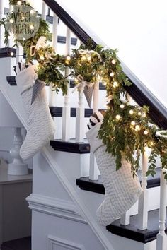 Dreaming of this gorgeous white christmas staircase🎄 Christmas Fairy Lights, Noel Christmas, Christmas 2017, Winter Christmas, Christmas Wreaths, Rustic Christmas, Elegant Christmas, Black Christmas, Christmas Quotes
