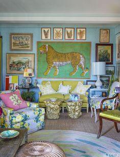 Colorful Living Room Rug - ELLEDecor.com