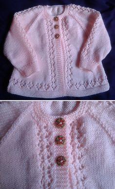 Free Knitting Pattern , Beauty Baby Cardigan - Free Pattern , Free Knitting Patterns Source by A. Baby Cardigan Knitting Pattern Free, Baby Sweater Patterns, Knitting Machine Patterns, Knitted Baby Cardigan, Knit Baby Sweaters, Knitting For Kids, Free Knitting, Knitting Baby Girl, Baby Pullover Muster