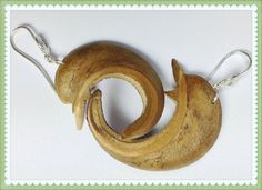 Delfin Ohrringe aus Samen ' la ceiba' von LaSombrilla auf DaWanda.com