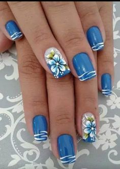26 New Nail Designs for Spring - Nail Art Designs 2020 Pretty Nail Art, Cute Nail Art, Nail Art Blue, Blue And White Nails, Spring Nail Art, Spring Nails, Spring Art, Fabulous Nails, Gorgeous Nails
