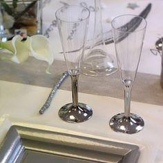 Vasos, copas y tazas. Vajilla descartable fiesta