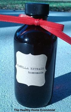 The ridiculously easy method for making the best tasting vanilla extract that will save you a bundle at the store