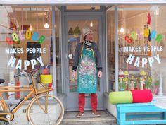 London Shop: Colour Makes People Happy :)