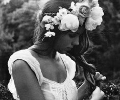 1000+ images about Beautiful flowers on We Heart It | See more about flowers, rose and pink Hair Mask For Growth, Fashion Sites, Find Image, Beautiful Flowers, Fairy Tales, Cool Style, Flower Girl Dresses, Exterior, Black And White