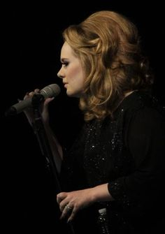 Photo Lawrence K. Ho @lawrence_ho for the Los Angeles Times Los Angeles Times Pop Music @latimes    Adele performs to a sold-out crowd at the Greek Theatre L.A. August 15, 2011
