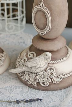 Dremel Carving Furniture - New ideas Diy Arts And Crafts, Clay Crafts, Crafts To Make, Plaster Crafts, Plaster Art, Paint Furniture, Furniture Makeover, Furniture Ideas, Diy Furniture Appliques