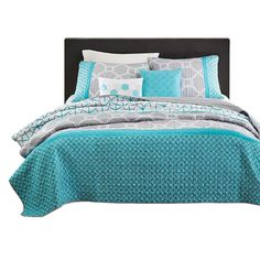 Hearts Attic Twin / Twin XL size Aqua Geometric Blue / Gray Coverlet... (115 CAD) ❤ liked on Polyvore featuring home, bed & bath, bedding, quilts, grey twin bedding, blue bedding, gray shams, blue green bedding and grey bedding