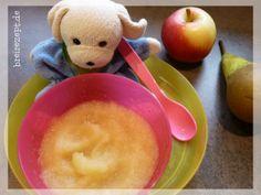 Rezept für selbstgemachten Apfel-Birnen-Brei für das Baby ab dem 4.Monat. Selbstgemachtes Obstmus aus Äpfel und Birnen als gesunder Snack bei der Beikostei