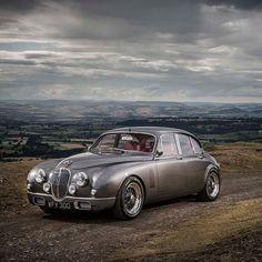 Jaguar Classic Mark 2