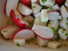 Salát   Receptárna – vaše online kuchařka Mashed Potatoes, Ethnic Recipes, Food, Whipped Potatoes, Smash Potatoes, Essen, Meals, Yemek, Eten