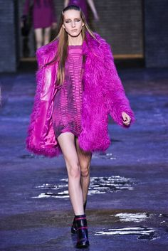 Versus Versace Fall 2012 Ready-to-Wear - Collection - Gallery - Style.com