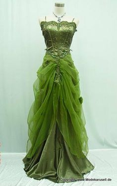 Green Wedding Dress on 119 us dollar www.modekarusell.eu