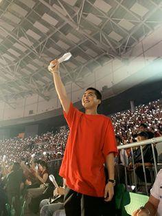 Xiumin - 190728 Attending Exoplanet - The EXpℓOration in Seoul Credit: juntobaek. Exo Xiumin, Kim Minseok Exo, Exo Ot12, Kpop Exo, K Pop, Kai, Got7, Exo Concert, Blues