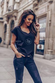 67dc6a536a82 100 najlepších obrázkov z nástenky Dámske tričká