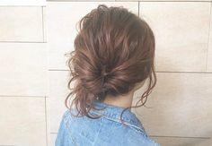 コテもピンも不要!外出先でもパパッと可愛い「ゴムだけ」アレンジ - LOCARI(ロカリ) Fashion News, Hair Beauty, Long Hair Styles, Long Hairstyles, Long Haircuts, Long Hair Cuts