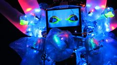 Artist Shih Chieh Huang takes everyday objects—garbage bags, plastic bottles, food containers, old computer parts—and transforms them into surreal sea creatures. See his work, up close and personal...