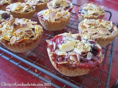 ©Cherry crumble pies (2) by ostwestwind, via Flickr