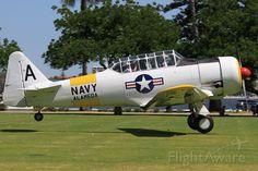 Photo de North American T-6 (VH-WWA) ✈ FlightAware