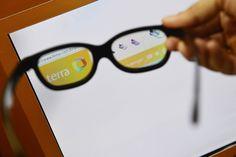 Com óculos especiais, moradores de Paraisópolis têm privacidade na internet http://www.bluebus.com.br/com-oculos-especiais-moradores-de-paraisopolis-tem-privacidade-na-internet/