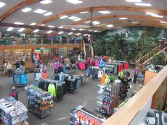 The running store I go to made the list of 50 Best Running Stores in America! (Peak Performance, Omaha)