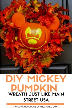 Mickey Pumpkin Wreath DIY Bring the Magic of Main Street USA home with this DIY Mickey Pumpkin Wreath. You can live in the Magic of Disney at home all through the Fall. Disney Halloween Decorations, Mickey Halloween, Disney Halloween Costumes, Scary Halloween, Fall Halloween, Halloween Crafts, Disney Diy, Disney Crafts, Disney Travel