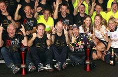 Infiniti Celebrates Fourth F1 Constructors Title With Red Bull Racing (VIDEO)