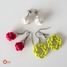 I'm  not  done with  knots yet...  it's addictive  once you start ! A nice idea to keep you busy this WE, making knots earrings!   You gon...