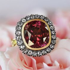 Juicy shades of Zircon and Diamonds, zircon ring handmade by Ricardo Basta Fine Jewelry - statement ring