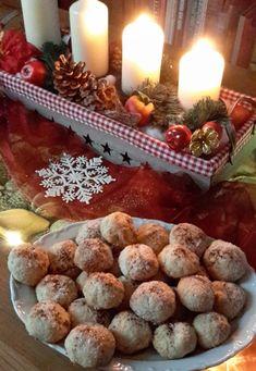 Coconut balls: Very tasty cookies - Coconut balls: Very tasty cookies cocoa .- Kokoskugeln: Sehr leckere Plätzchen- Kokoskugeln: Sehr leckere Plätzchen koko… Coconut Balls: Very Delicious Cookie Coconut Balls: Very … - Delicious Cookie Recipes, Yummy Cookies, Cake Cookies, Sweet Recipes, Coconut Cookies, Paleo Recipes, Gingerbread Cookies, Christmas Cookies, Cap Cake