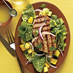 Here's a healthy summer dish with everything you need - grilled yellowfin tuna, romaine lettuce and tropical fruit. The fish will cook on a hot grill Grilled Fish Recipes, Tuna Recipes, Fruit Recipes, Seafood Recipes, Healthy Recipes, Shellfish Recipes, Healthy Treats, Healthy Foods, Yummy Recipes