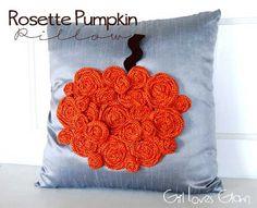 Rosette Pumpkin Pill