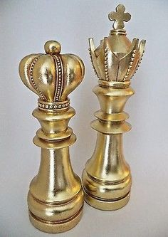 Chess Decorative Pieces King Queen Collectible Library Gold Art Gift Home Decor Queen Chess Piece, Queen Cakes, Chess Set Unique, Vintage Black Glamour, Wedding Activities, Chess Pieces, Gold Art, King Queen, Wood Turning