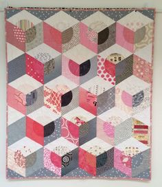 """Pink Champagne"" Opal Essence quilt by Lorena Uriarte.  Tumbling blocks with circles. 2015 Workshop at Material Obsession."