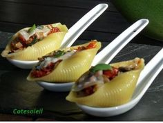 italienische Vorspeisen - The world's most private search engine Great Appetizers, Appetizer Recipes, Conchiglioni Recipe, Healthy Salad Recipes, Gourmet Recipes, Tapas, Food Porn, Savory Snacks, Food Presentation