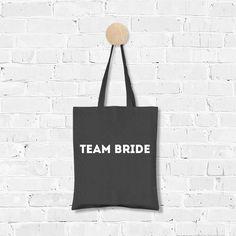 Bag Team Bride industrial / Tas Team Bride industrieel / Shop all your bacheloretteparty items at: https://www.weddingdeco.nl/