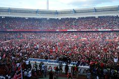 Franken ist eine fußballbegeisterte Region mit zwei Profimannschaften. Der 1. FC Nürnberg spielt in der 2. Bundesliga und ist für seine leidensfähigen Fans bekannt.