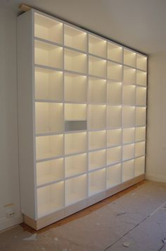 Bookshelves In Bedroom, Bookshelves Built In, Bookcases, Boutique Interior, Home Library Design, Home Office Design, Closet Renovation, Small Space Storage, Home Libraries