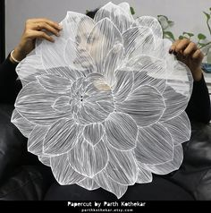 Full Flower Paper Cutting - Breathtaking by Parth Kothekar Kirigami, Paper Crafts Origami, Diy Paper, Paper Crafting, Paper Installation, Do It Yourself Inspiration, Paper Illustration, Paper Artwork, 3d Prints