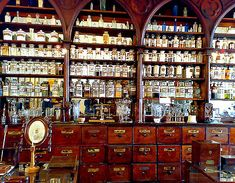This is one of the less creepy rooms at the Marie Rawdon museum in Matjiesfontein.  The room is made up to look like an old apothecary's.  The rest of it has display cabinets crammed full of all kinds of cameras.  This, along with the transport museum which houses some beautiful cars, was the reason I wanted to return to Matjiesfontein with several large trucks and a crack team of burglars.