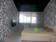 Предлагаем для долгосрочной аренды в Ставрополе  2 - комнатная квартира по адресу 45 параллель 32,, ремонт современный,встроенная кухня, шкаф-купе, 2-х спальная кровать, мягкая мебель, общей площадью 60.5 кв.м, дом Кирпич, Крышн.котел отопление, Газ-плита, наличие бытовой техники - стиральная машина (+), холодильник (+), телевизор (ЖК),парковка стихийная, номер объявления - 33Предлагаем для долгосрочной аренды в Ставрополе  2 - комнатная квартира по адресу 45 параллель 32,, ремонт…