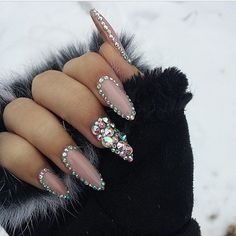 Nails. | pinterest: @ nandeezy †