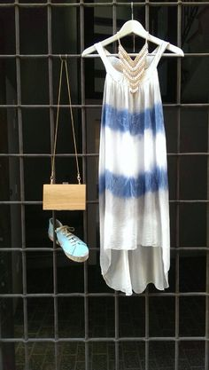 I love summer!! Vestido de seda con clutch the code y alpargatas presili www.therenewstore.com