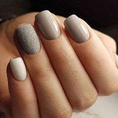 The advantage of the gel is that it allows you to enjoy your French manicure for a long time. There are four different ways to make a French manicure on gel nails. Simple Nail Art Designs, Beautiful Nail Designs, Easy Nail Art, Uñas Fashion, Gel Nagel Design, Nails 2018, Gray Nails, Super Nails, Nagel Gel