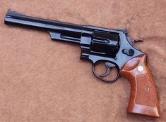 Smith And Wesson Revolvers, Smith N Wesson, Detective Movies, Colt Python, Revolver Pistol, 357 Magnum, Photography Cheat Sheets, Film Aesthetic, Airsoft